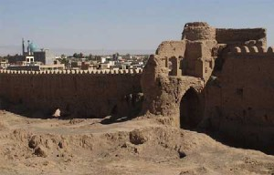 anar8 300x192 ارگ تاریخی شهرستان انار کرمان