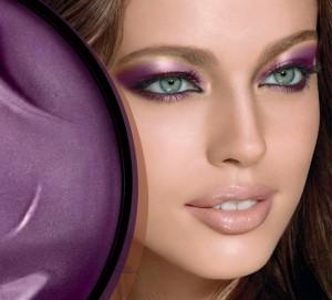 How To Apply Eye Shadow Like a Model 300x271 جدیدترین مدل آرایش چشم دخترانه