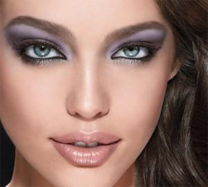 line stylist eyeliner model shot 1448501 300x271 جدیدترین مدل آرایش چشم دخترانه