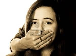 th5 ربودن دختر جوان در جلوی چشم مردم